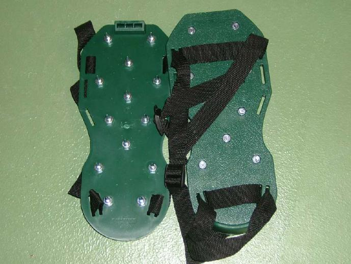 spike-shoes