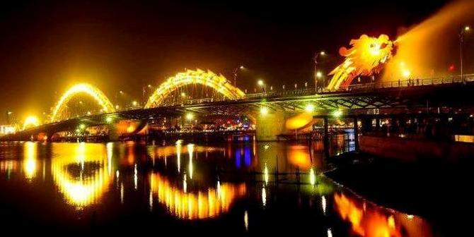 Dragon Bridge in Da Nang